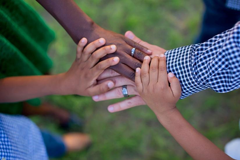 hand-photography-love-finger-arm-swirl-1202962-pxhere.com